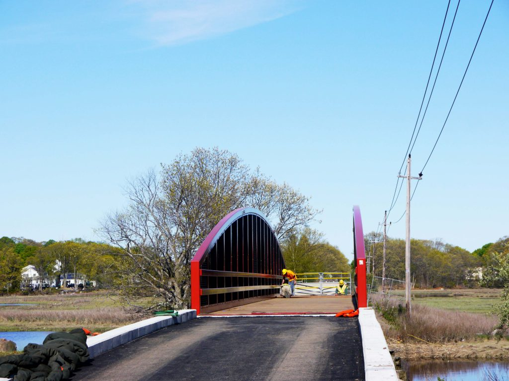 A head on view of the new bridge in Saugus.